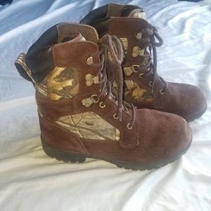 Realtree Thinsulate 200 gram Boys 6 Camo boots